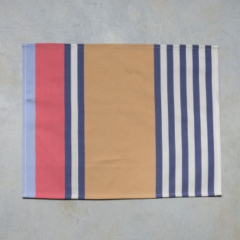 Cotton hemmed placemat